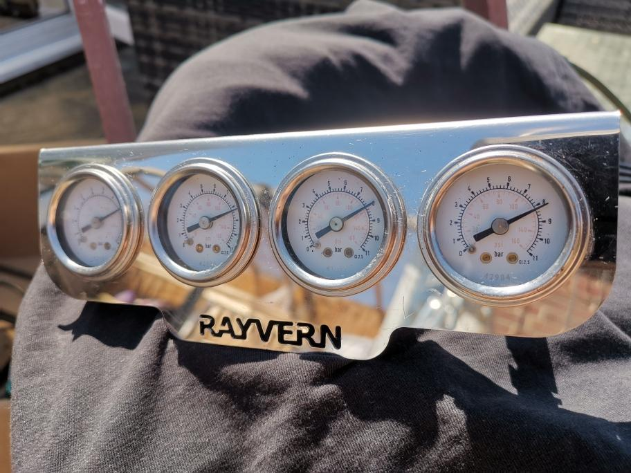 Raybern air ride gauges