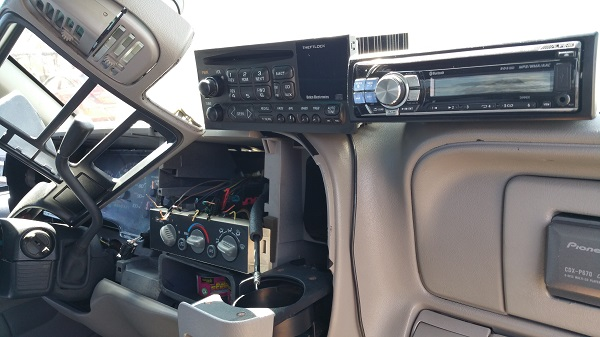 Trying to sort out the wiring for the new alpine head unit to go in. GMC C3500 Dually