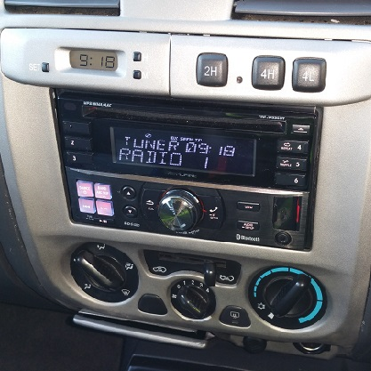 Fitted 2 din head unit in the chevy colorado