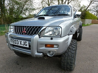 Warrior L200 front left